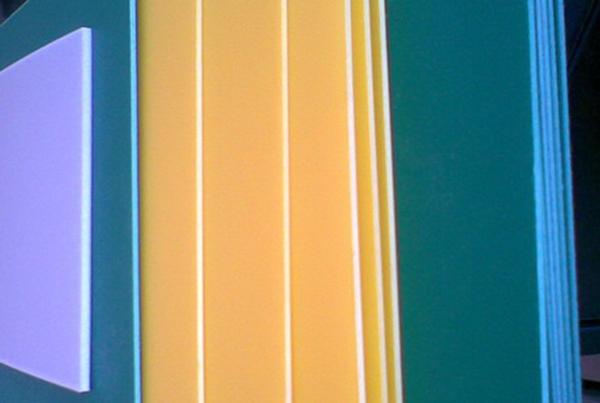 自卸车铺车底塑料滑板厂家给您讲解PP聚丙烯塑料板的结构和性能