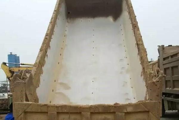 渣土车泥头车自卸车塑料滑板